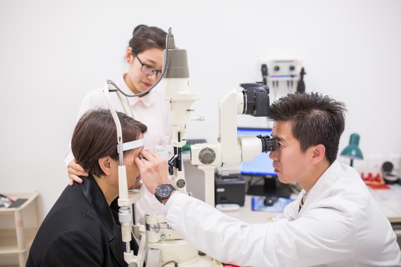 玻璃体视网膜与眼外伤专科